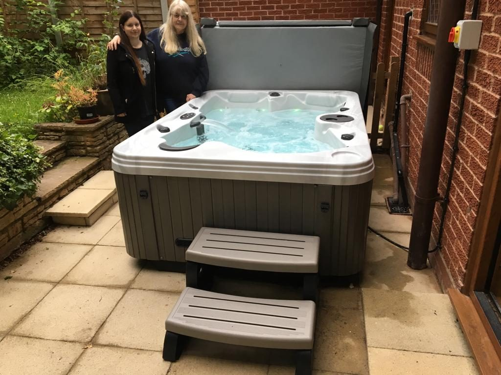 Regency Baroness Hot tub Stirchley Birmingham
