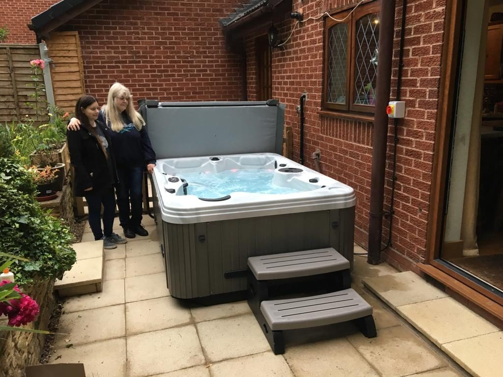 Baroness Hot Tub Stirchley Birmingham
