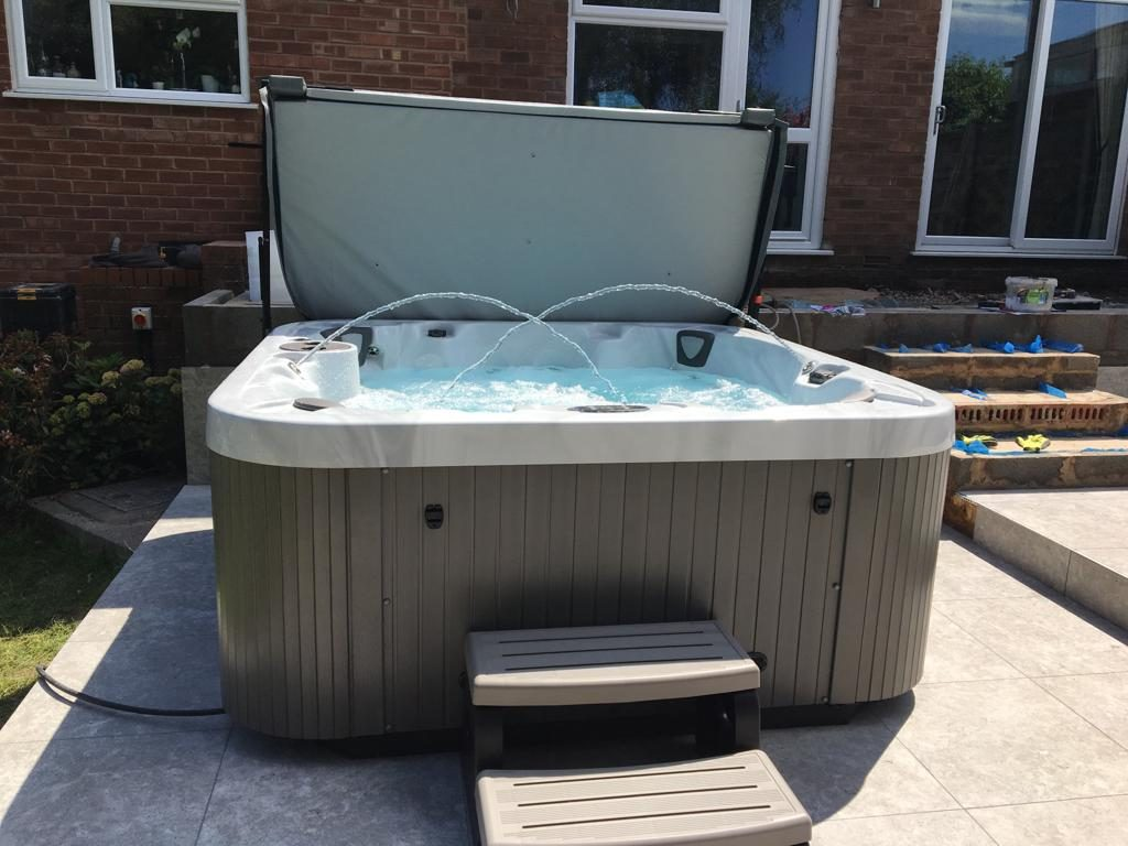 regency Prince Hot Tub